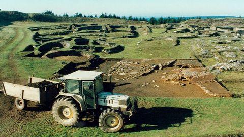 Vista de los años noventa, con muros de construcciones ya consolidados