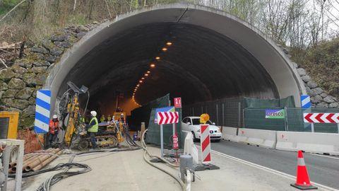 Obras para mejorar la seguridad del túnel de Sotrondio
