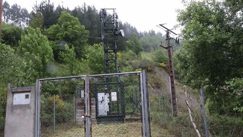 Se instaló una antena de cobertura de 5G en la parte superior del túnel
