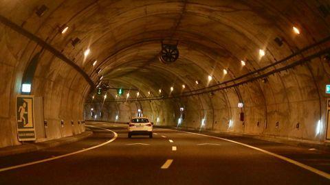 Se instaló diferentes tecnologías en el interior del túnel
