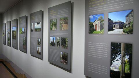 La exposición, formada por paneles, puede verse hasta después del verano