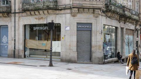Negocios que cambian de dueño en las rúas San Lázaro y Santo Domingo de Ourense