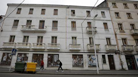 En el antiguo hotel Villa Dolores (Covas) han actuado los bomberos varias veces