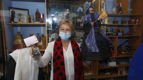 Rosa María Rey entregó ayer en Poio 2,4 millones de euros
