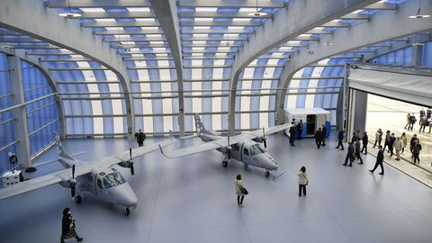 En la zona del polo en la que se han levantado los dos hangares se han urbanizado ya 31.000 metros cuadrados