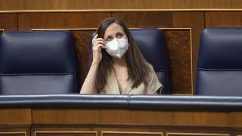 La ministra de Derechos Sociales y Agenda 2030, Ione Belarra, durante la sesión de control al Gobierno de este miércoles