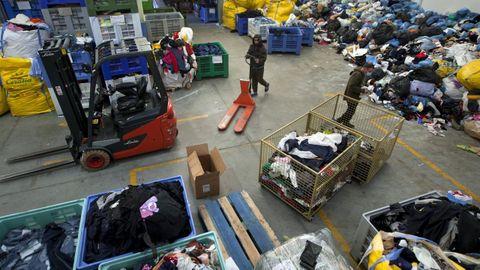 Desde que abrieron sus puertas en junio del 2020 han procesado cerca de mil toneladas de prendas