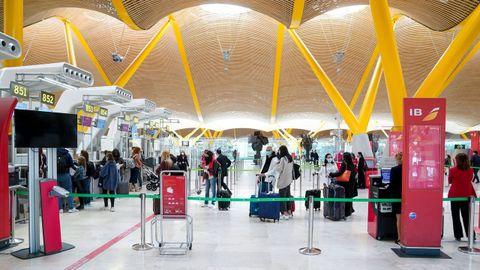 Los viajeros del AVE tendrían acceso directo al área de facturación y embarque de la t4 de Barajas, sin necesidad de hacer transbordos ferroviarios de cercanías