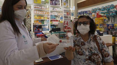 En las farmacias de Allariz ya se pueden conseguir los test de saliva