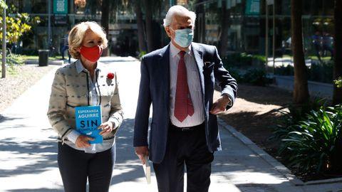 Esperanza Aguirre y Mario Vargas Llosa presentaron este viernes el libro de la expresidenta madrileña