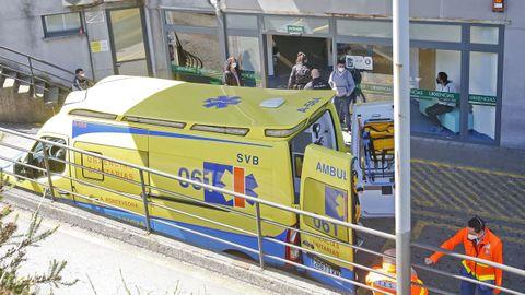Entrada al servicio de urgencias del hospital Montecelo, en Pontevedra,