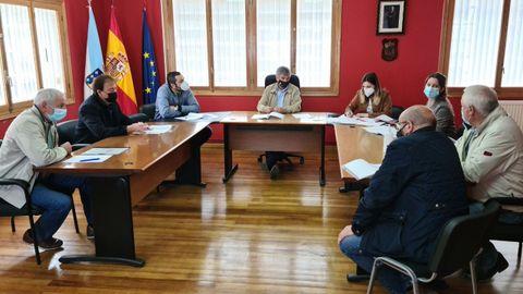 Reunión nas Nogais dos alcaldes polos que atravesa a Vía Kúnig