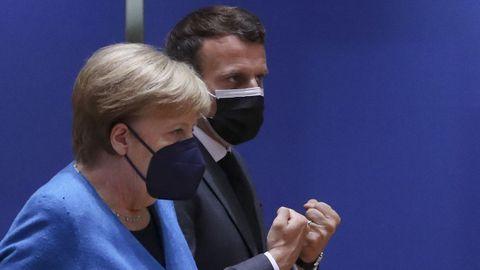 Merkel y Macron, al inicio de la cumbre en Bruselas