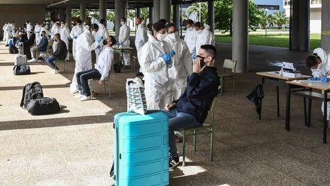 Control sanitario previo al ingreso de alumnos en la Antonio de Escaño