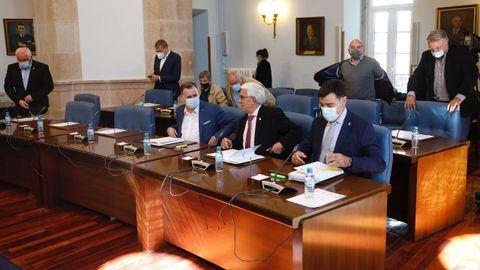 Los diputados del PP en el pleno provincial de Lugo