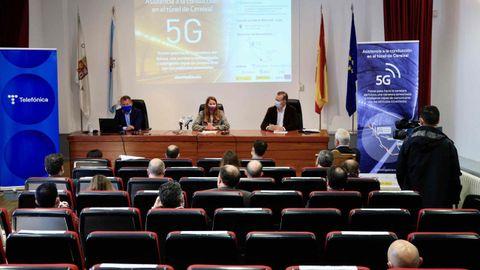 Presentación en la Casa da Cultura de Becerreá del sistema de 5G instalado en el túnel de O Cereixal
