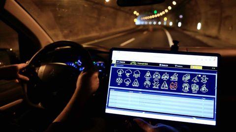 Avisos que se recibe dentro del vehículos sobre incidencias en el túnel gracias al 5G