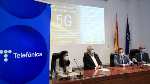 Presentación en la Casa da Cultura de Becerreá del proyecto de 5G en el túnel de O Cereixal