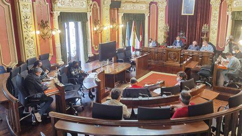 Reunión de la mesa de negociación del Concello de Ourense