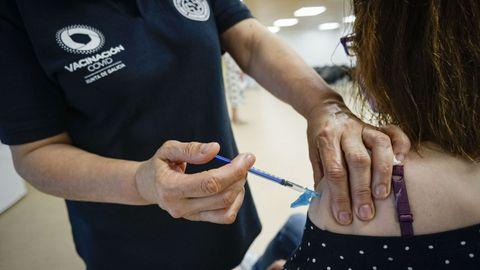 Vacunación en Ourense con la segunda dosis de AstraZeneca