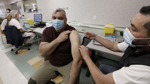 La vacunación frente al covid continuará esta semana en el hospital mariñano