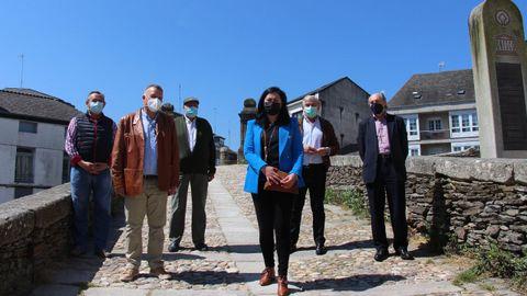 La presidenta del PP de Lugo, Elena Candia, junto a sus antecesores en el cargo provincial