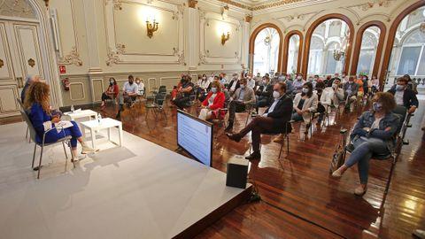 Reunión en la Diputación con los alcaldes de los concellos beneficiarios del programa ReacPon