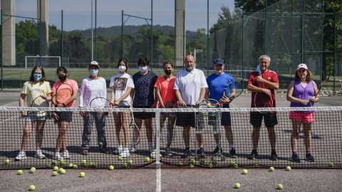 Xestal Clausura en la escuela de Tenis de Ribadavia
