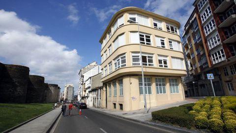 Casa en A Mosqueira a la venta por 1.350.000 euros