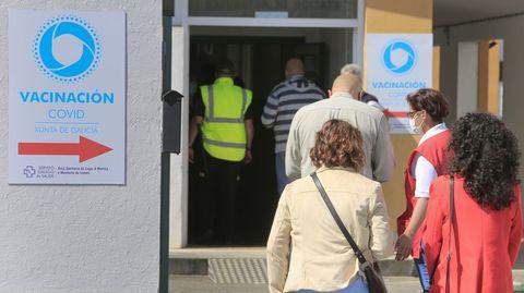 Los mayores entre los de 50 a 59 años del distrito sanitario de Monforte empiezan a recibir la segunda dosis esta semana
