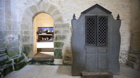 Interior de la iglesia de Penamaior