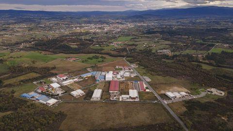Una vista aérea del parque industrial de O Reboredo, donde el grupo Indukern compró dos parcelas