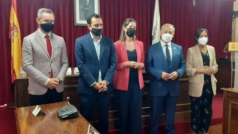 Las autoridades en el salón de plenos del Concello de Lugo