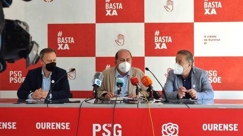 Rafael Rodríguez Villarino, Xoaquín Fernández Leiceaga y Juan Carlos Francisco Rivera (PSOE)