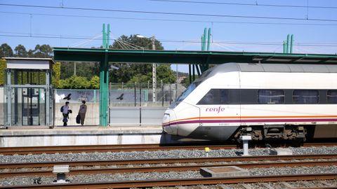 Ayer se pusieron en marcha dos nuevos trenes en el eje atlántico