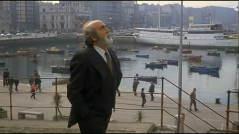 Fotograma de la película Volver a empezar (José Luis Garci, 1982)