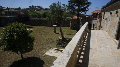Los jardines desde la balaustrada interior del pazo