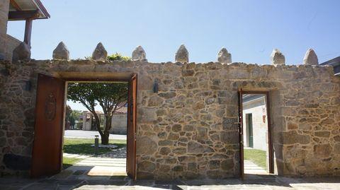 Puertas que comunican los patios