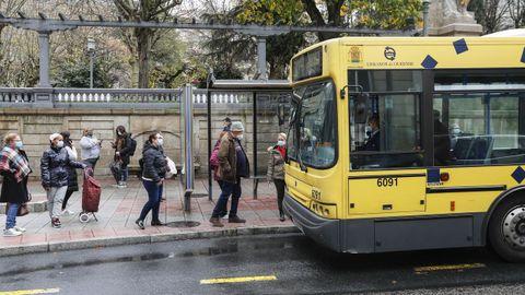 Uno de los proyectos que incluye la operación es la renovación de la flota de autobuses (14 millones)