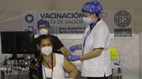 El lunes se vacunó con Janssen; mañana será con Pfizer