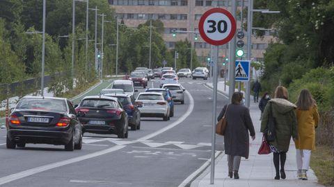 La calle Clara Campoamor es una de las que está limitada a 30 kilómetros por hora