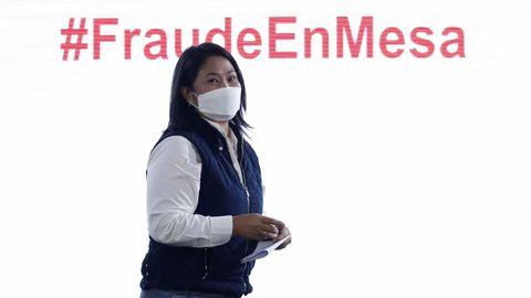 Keiko Fujimori compareció en rueda de prensa para denunciar el supuesto fraude electoral