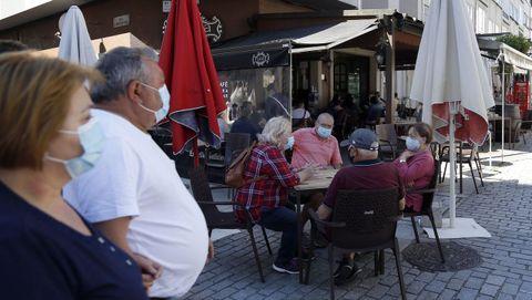 Desde el sábado, los hosteleros de Boiro podrán ampliar el aforo de sus terrazas hasta el 75 % y del interior al 50 %