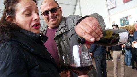 Público en la Feira do Viño de Amandi, en la edición previa a la aparición de la pandemia