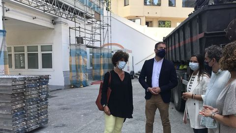 El delegado de la Xunta en A Coruña, Gonzalo Trenor, visitó el centro de menores San José de Calasanz