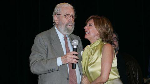 Berlanga, junto a Concha Velasco