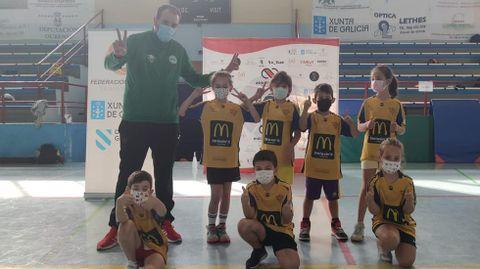 Clausura del baby basket en Xinzo.Equipos de cuatro clubs participaron en la despedida del curso
