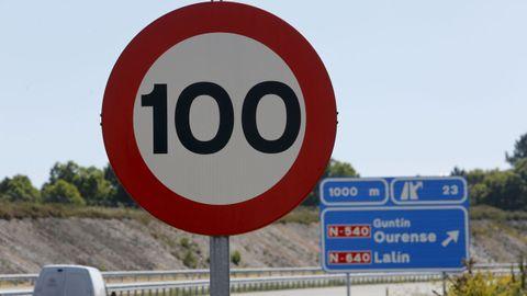 Diez kilómetros de la A-54 entre Lugo y Guntín con limitación a 100 por hora