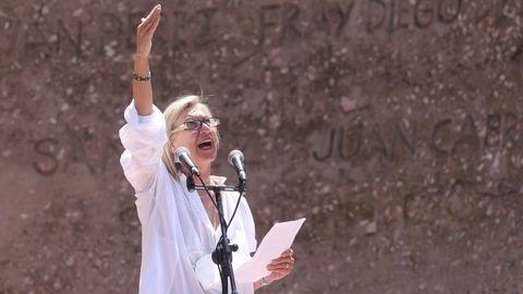 Rosa Díez, durante su intervención en la concentración