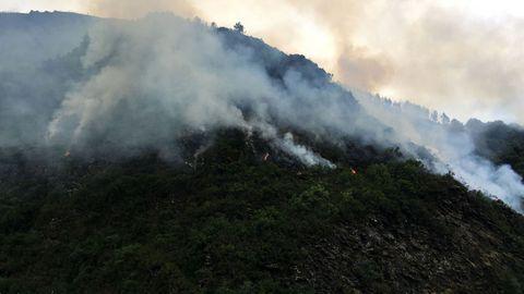 Incendio en Folgoso do Courel